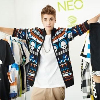 Justin Bieber pour la ligne Neo de la marque Adidas.