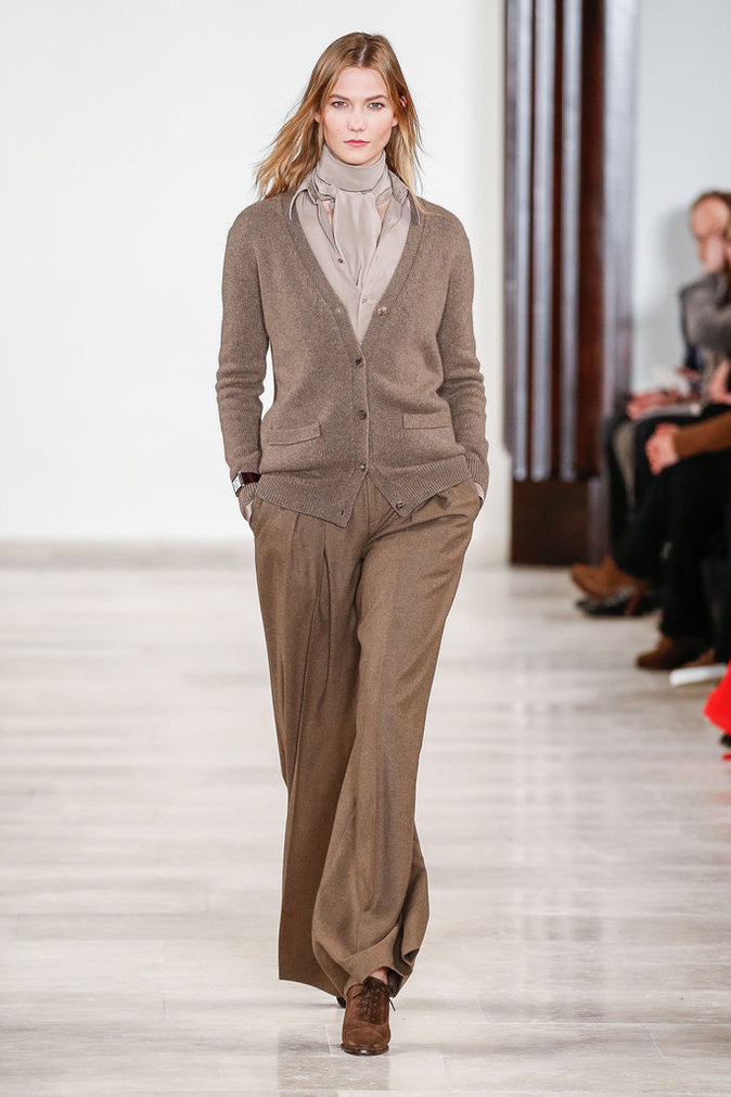 Photos : Karlie Kloss : la it-girl enflamme le podium chez Raplh Lauren