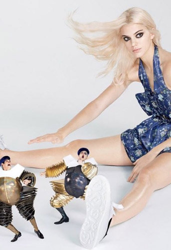 Photos : Kendall Jenner blonde platine pour Vogue US !