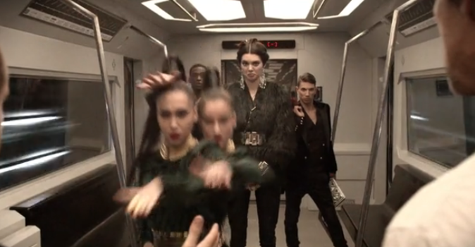 Campagne vidéo Behind the Scene Balmain x H&M