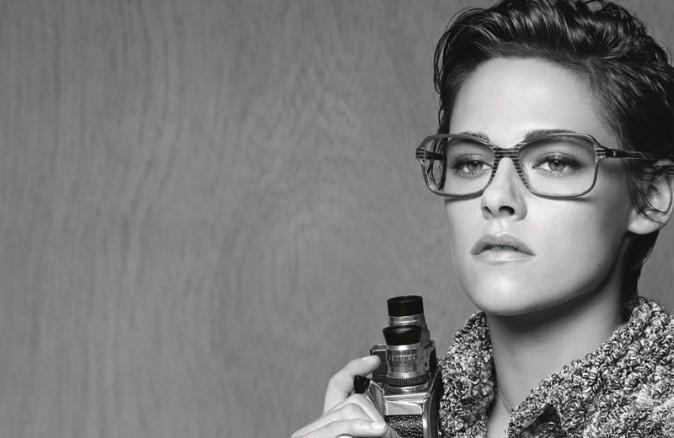 Photos : Kristen Stewart version tomboy pour Chanel Eyewear !