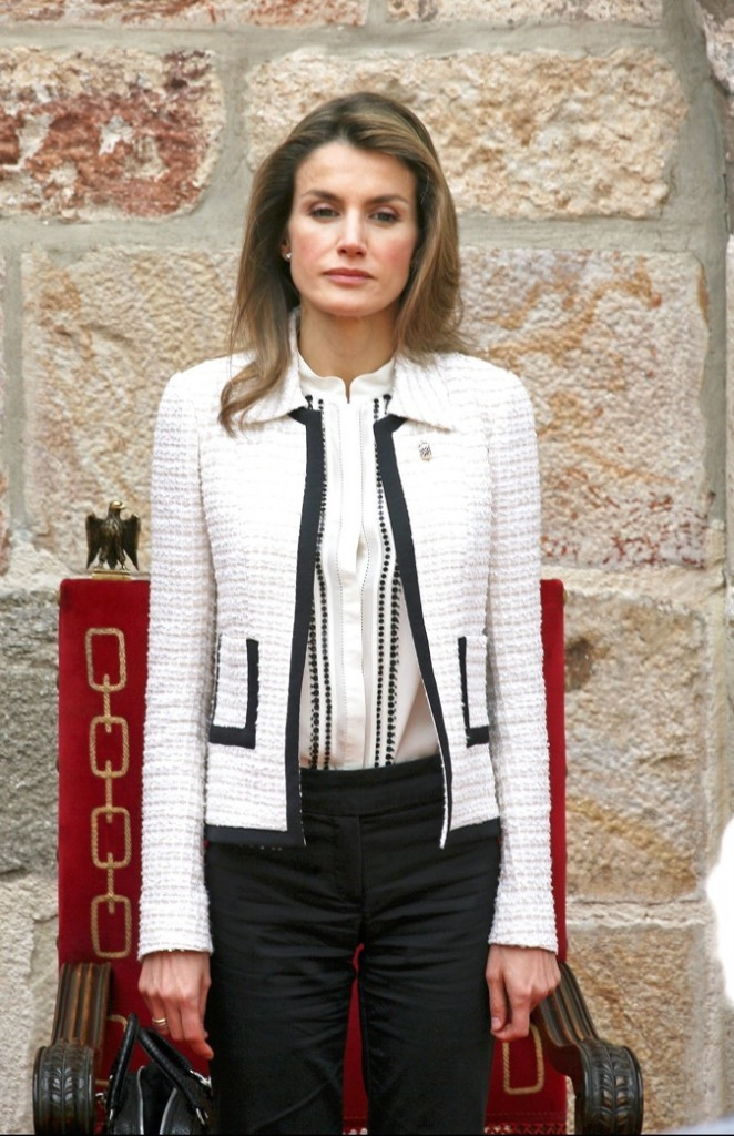 Veste en tweed façon Chanel !
