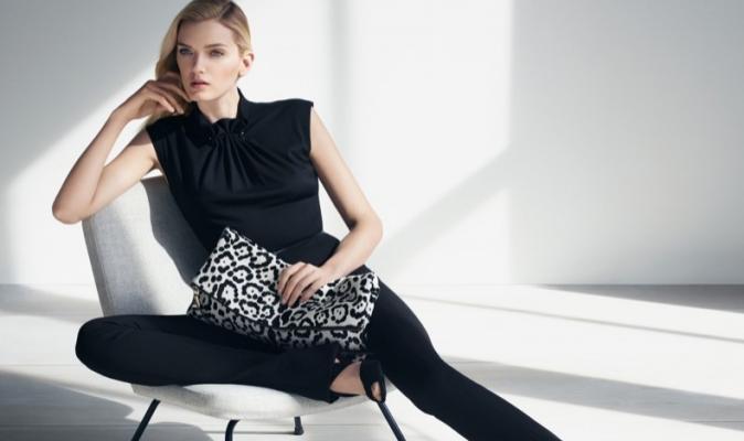 Lily Donaldson pour la collection automne/hiver 2015 d'Escada