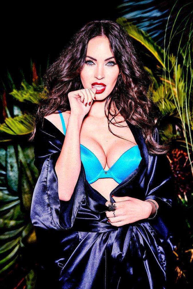 Photos : Megan Fox : pour la marque de lingerie Frederick's of Hollywood, elle met le paquet et c'est chaud !