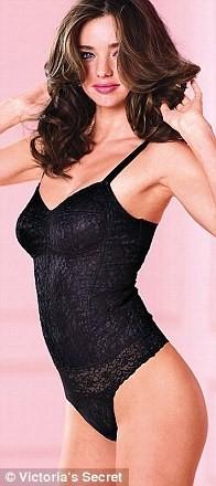 """Miranda Kerr toujours aussi """"hot"""" pour Victoria's Secret..."""