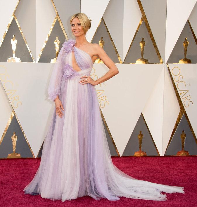 Photos : Oscars 2016 : Heidi Klum, Alicia Vikander, Cate Blanchett... Les pires looks de la cérémonie