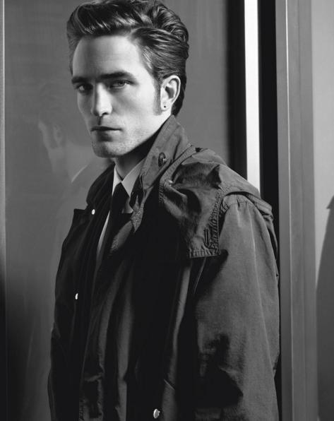 Photos : Robert Pattinson : mystérieux et charismatique pour la nouvelle campagne Dior