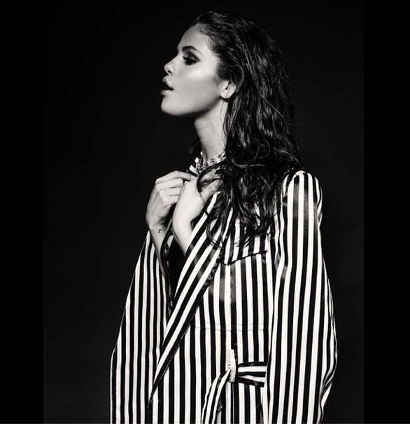 Photos : Selena Gomez : Sexy pour sa toute nouvelle séance photo !
