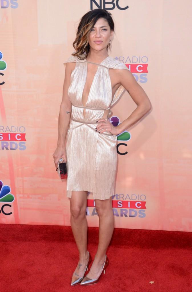 Jessica Szohr : La déesse grecque du tapis rouge !