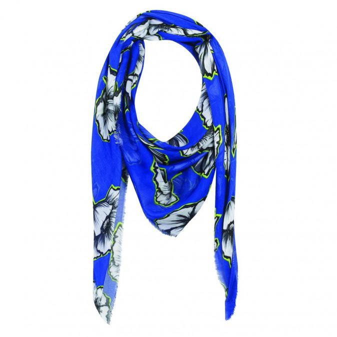Le foulard : One Step, 55 €
