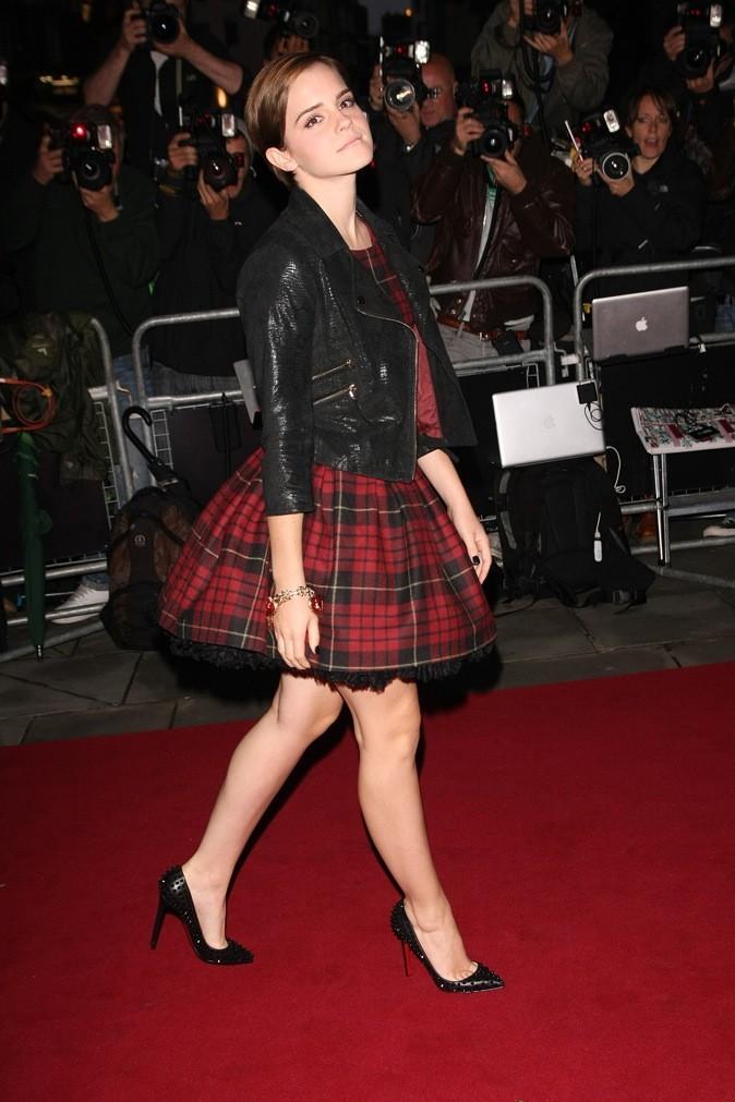 Emma Watson : sur le red carpet, elle mise sur les Louboutin à bouts pointus !