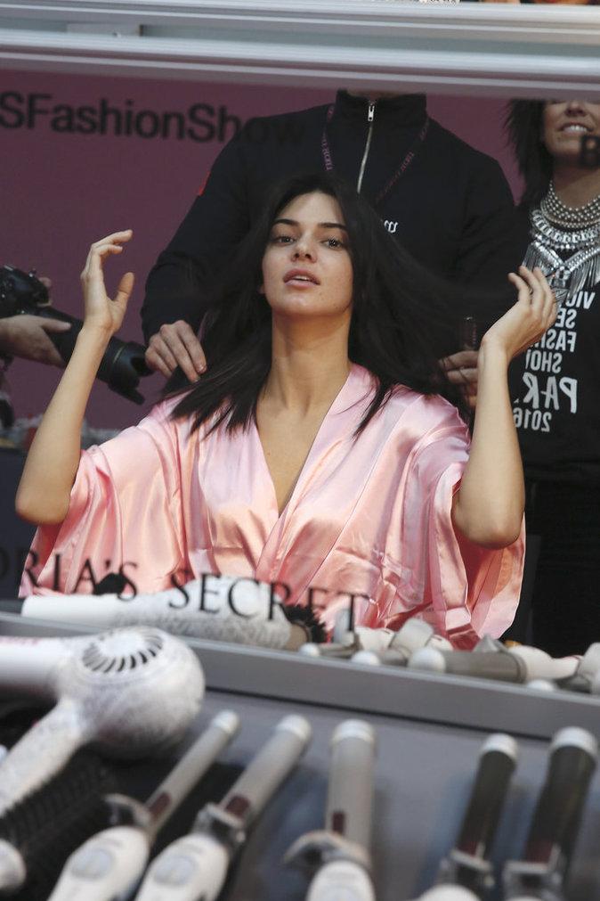 Victoria's Secret Fashion Show : En direct des backstages : Kendall Jenner