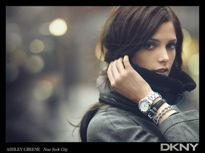 Ashkey Green pour DKNY