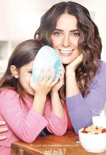 L'actrice Salma Hayek et sa fille Valentina.