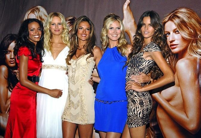 Lors du lancement de la Very Sexy Make-up Line en 2006