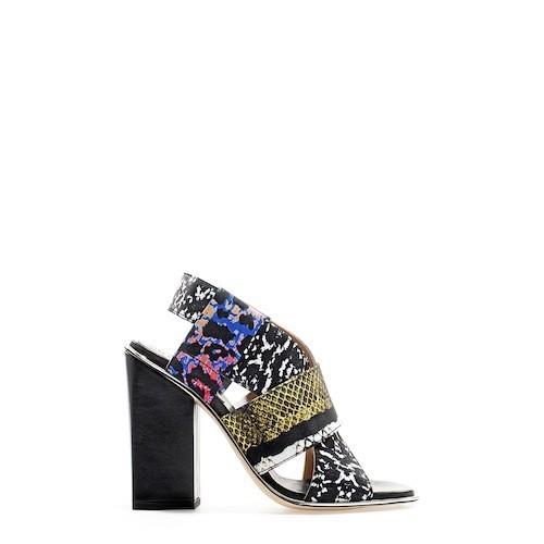 Sandales à talon carré, Zara 89,95€
