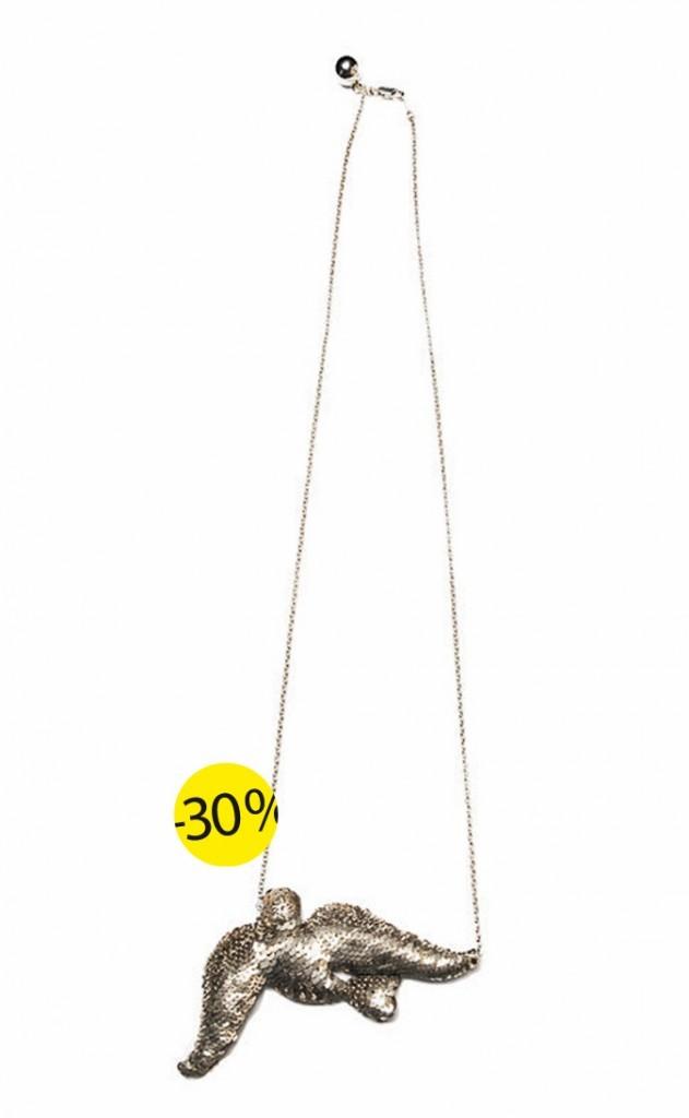 Collier oiseau en sequins et strass, Shourouk, www.lecorner.fr. 139 € au lieu de 199 €