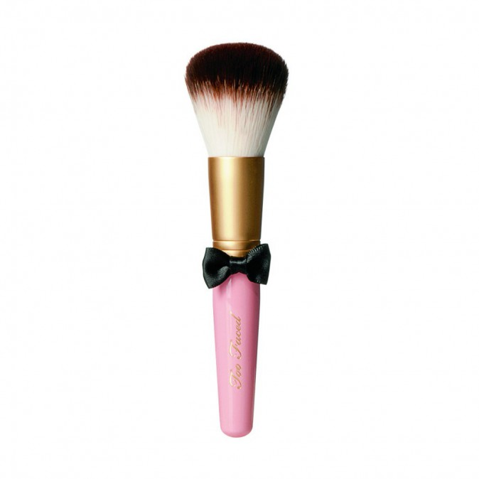Powder Pouf Brush Pinceau blush, Too Faced 23,80 €