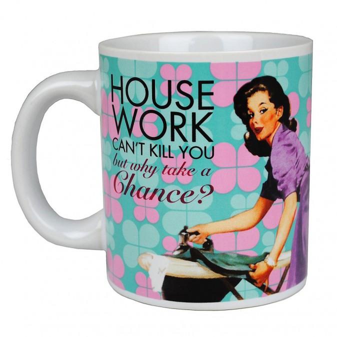 Mug Housework, sur pinkcatshop.com 10,90 €