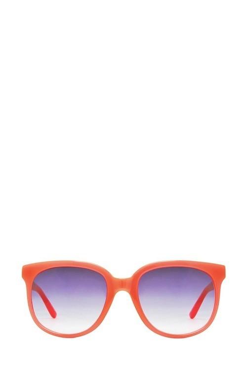 Tendances lunettes de soleil : On les aime colorful…
