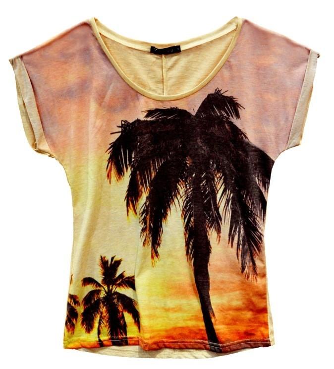 T-shirt en coton Miami, Daphnea. 29 €