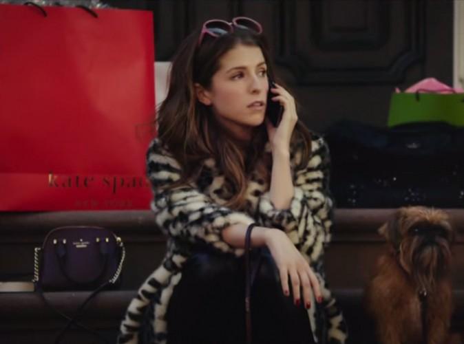 Vidéo: Anna Kendrick: une égérie drôle et audacieuse pour Kate Spade!