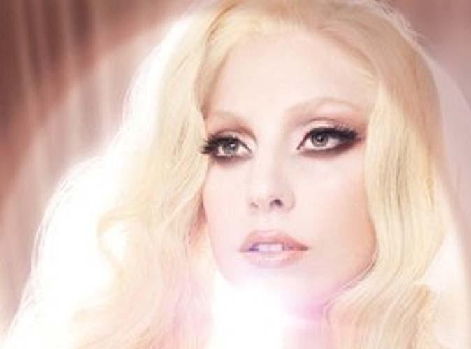 Vidéo : Quand Lady Gaga joue les madones sensuelles...