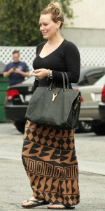 La jupe longue d'Hilary Duff