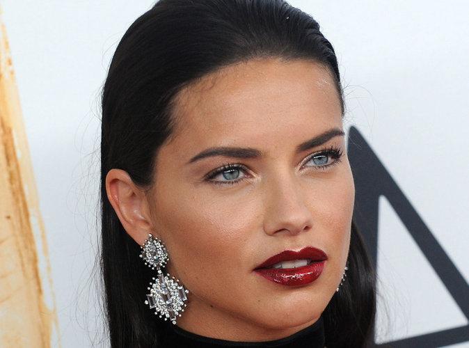 Adriana Lima : Son histoire d'amour commence très mal !