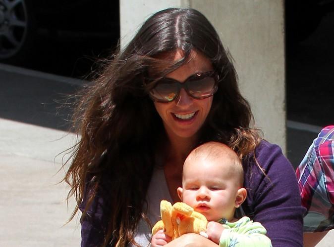 Alanis Morissette : elle veut allaiter son fils jusqu'à ses six ans !