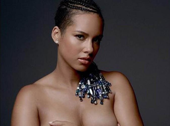 Alicia Keys : elle se met � nu pour d�fendre la paix dans le monde !