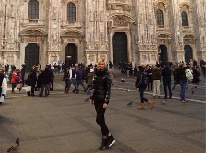Amélie Neten : après Dubaï et Cannes, elle pose ses valises à Milan pour une escapade romantique !