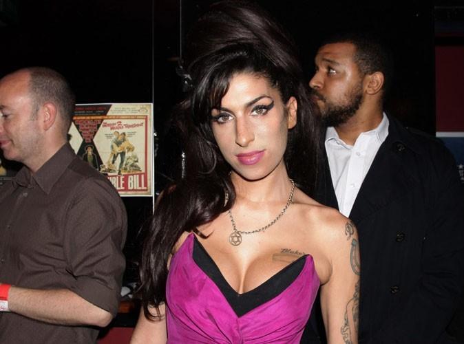 Amy Winehouse finit par annuler toute sa tournée !