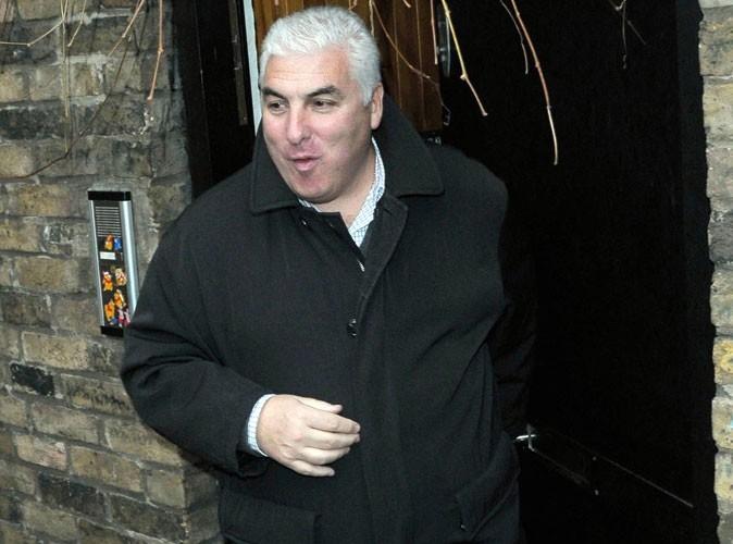 Amy Winehouse : son père furieux contre les enquêteurs !
