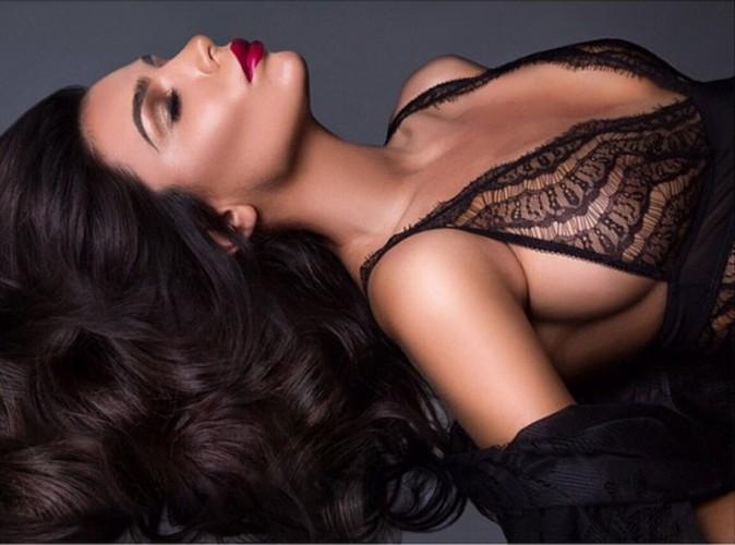 Anara Anates : elle fait sensation avec son side boob !