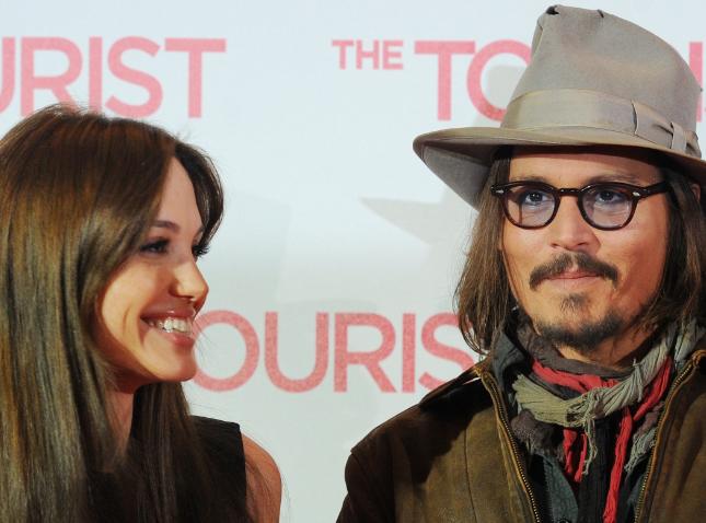 Angelina Jolie et Johnny Depp : plus proches que jamais !