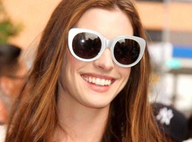 Anne Hathaway : des fiançailles excentriques, à son image !