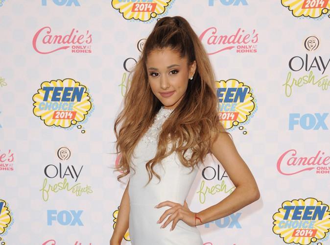 "Ariana Grande évoque son enfance : ""J'étais sombre et dérangée !"""