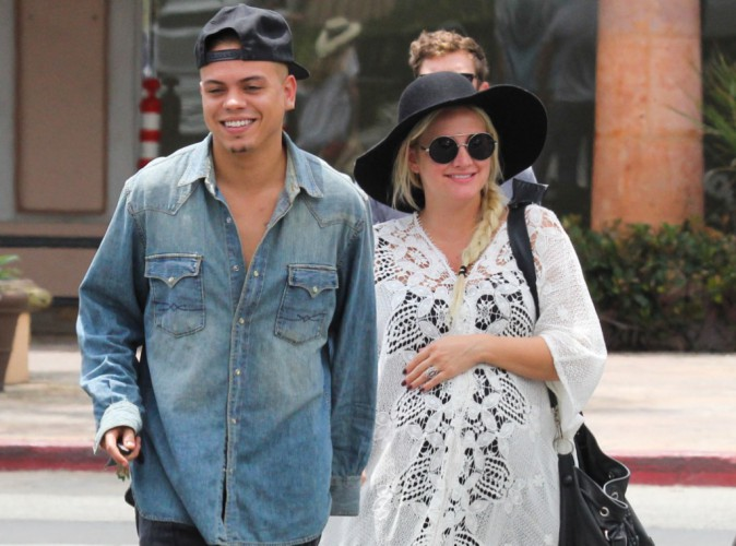 Ashlee Simpon et Evan Ross : Leur baby-girl s'appelle...