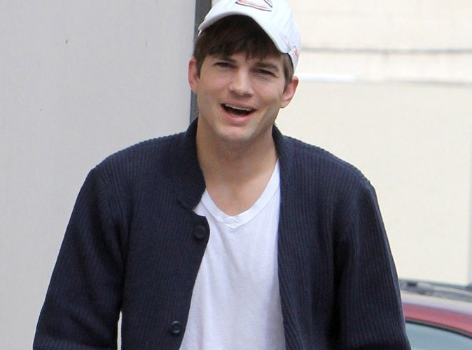Ashton Kutcher : un million de dollars par épisode pour Mon Oncle Charlie ?!