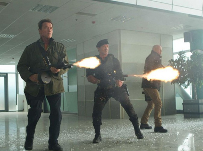 "Audiences télé du week-end : TF1 cartonne avec ""Expendables 2"" !"