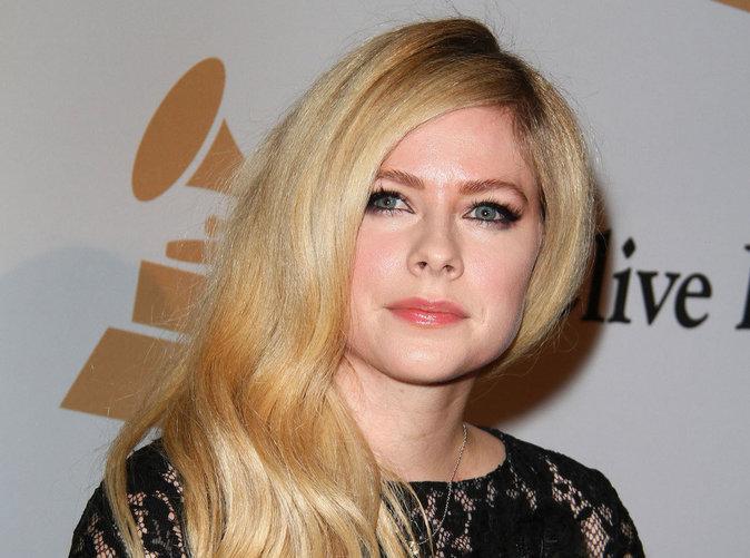 Avril Lavigne : De nouveau amoureuse ?