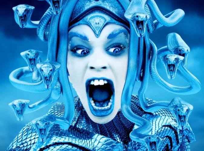 Azealia Banks : elle voit la vie en bleu dans son nouveau clip !