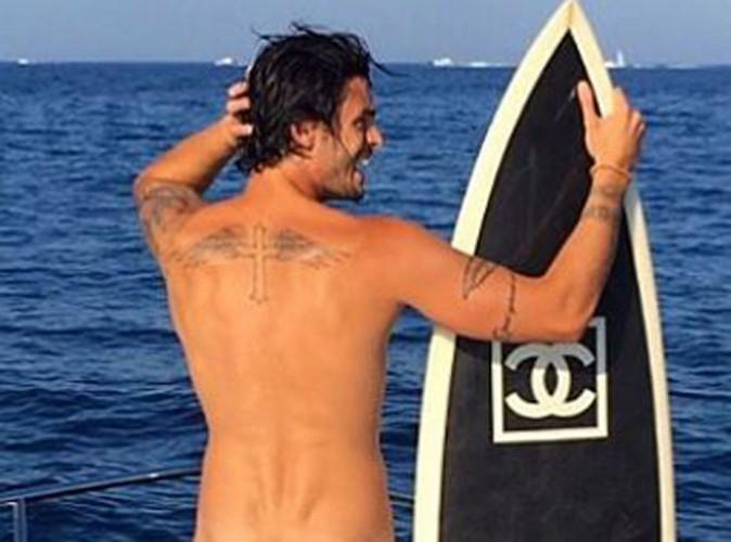 Baptiste Giabiconi : tatouages et fesses rebondies, il dévoile tout !