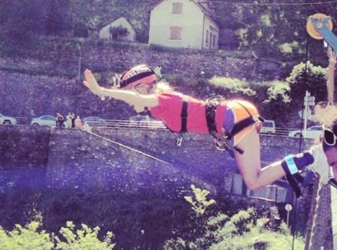 Emilie Dupuis saute dans le vide !