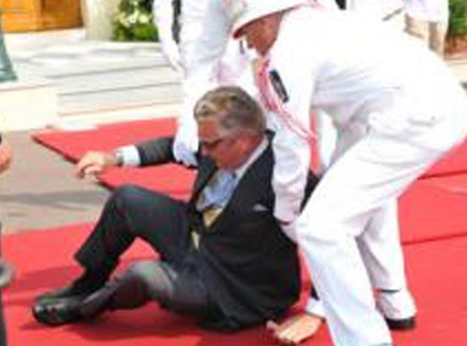Le Prince Laurent se tôle sur le tapis rouge à Monaco !