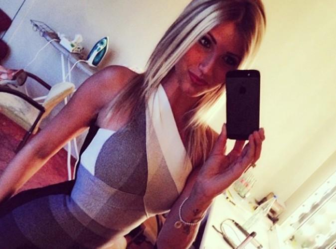 Noémie Happart : elle se la joue femme fatale !