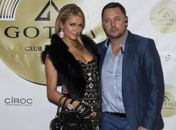 Paris Hilton vient manger des moules frites!