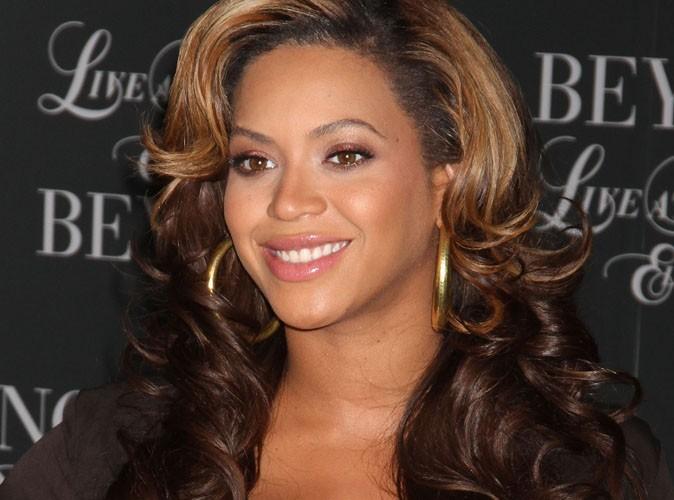 Beyoncé : elle raconte son accouchement dans les détails…et c'est plutôt glam' !