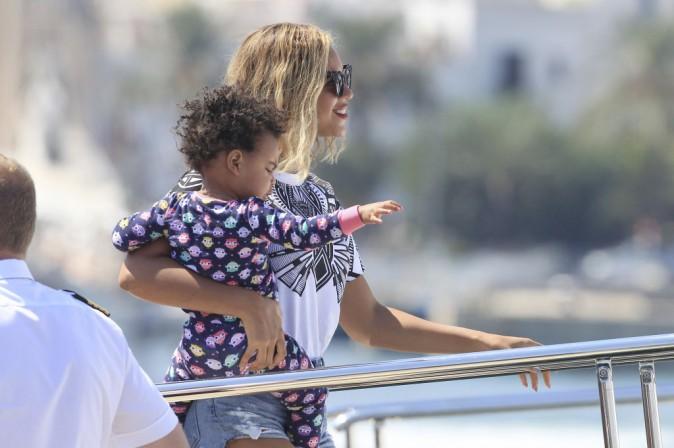 Beyoncé et sa fille Blue Ivy en vacances a Ibiza en Espagne le 1er septembre 2013